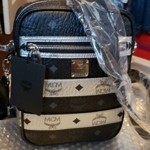 MCM CROSSOVER BAG---CROSS VISETO 100% AUTHENTIC